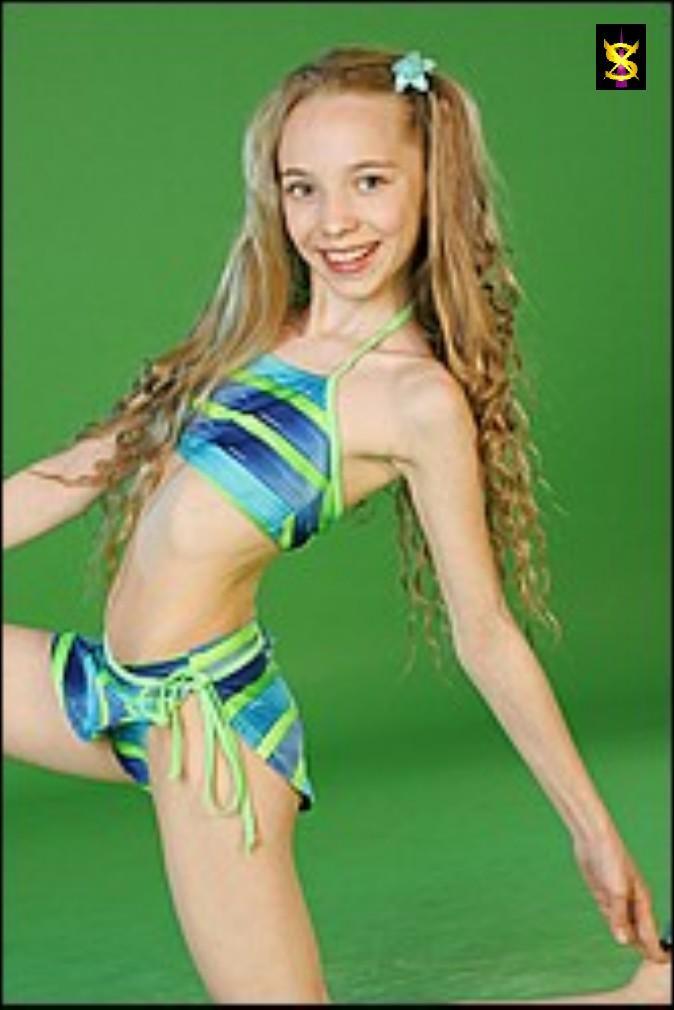 Pre teen fashion model gallery